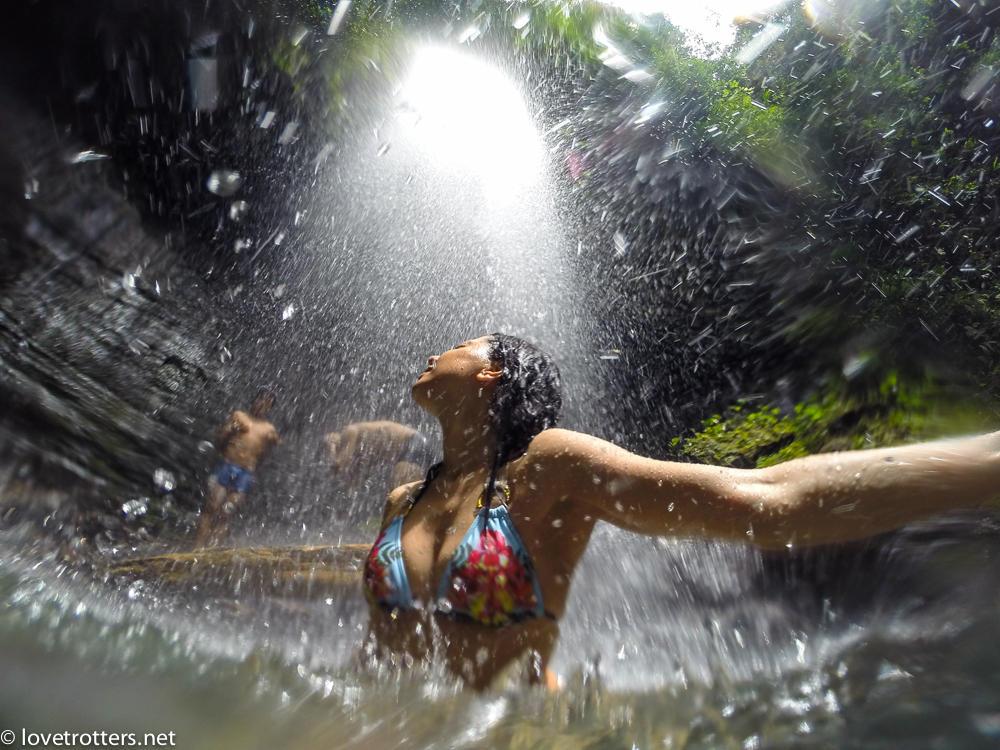 Cascade secrète en amazonie