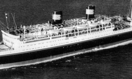 Plonger dans l'épave du SS Coolidge avec la Lady et le Président au Vanuatu