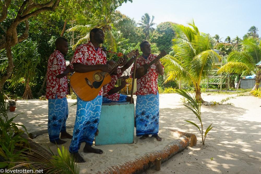vanuatu-port-vila-evergreen-07014