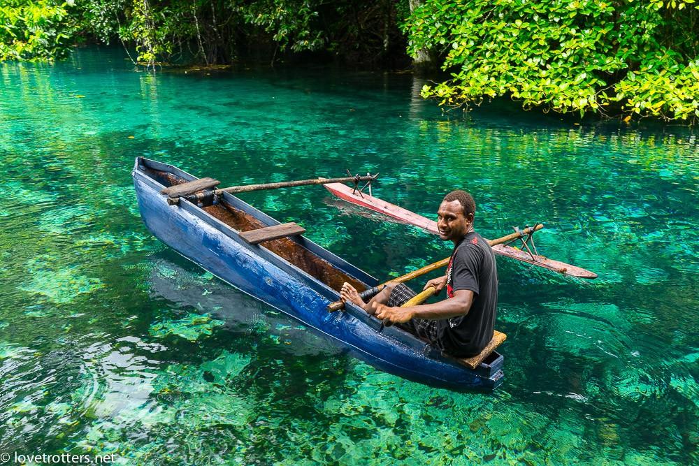 vanuatu-santo-riri-riri-blue-hole-07765