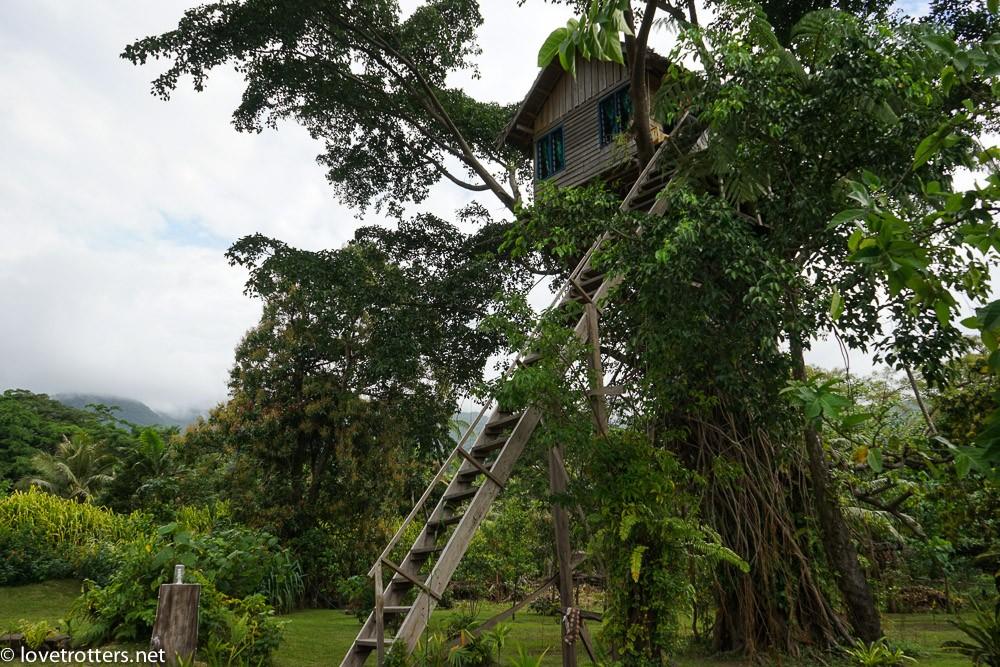 Treehouse proche du volcan Yasur