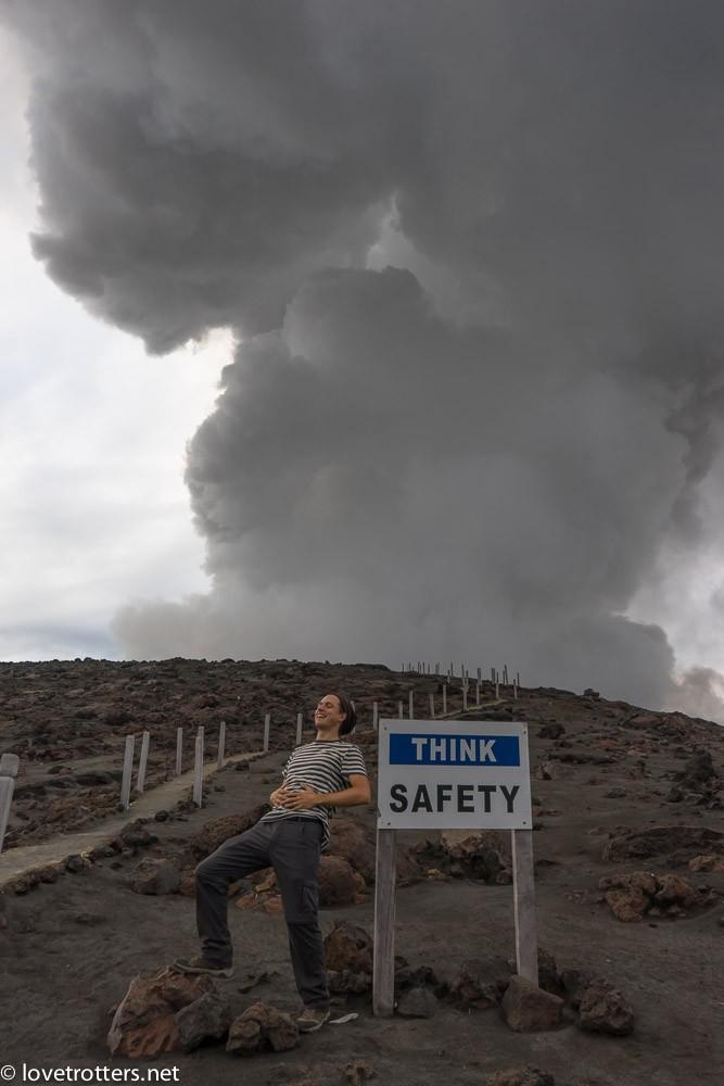 Think Safety au volcan Yasur à Tanna