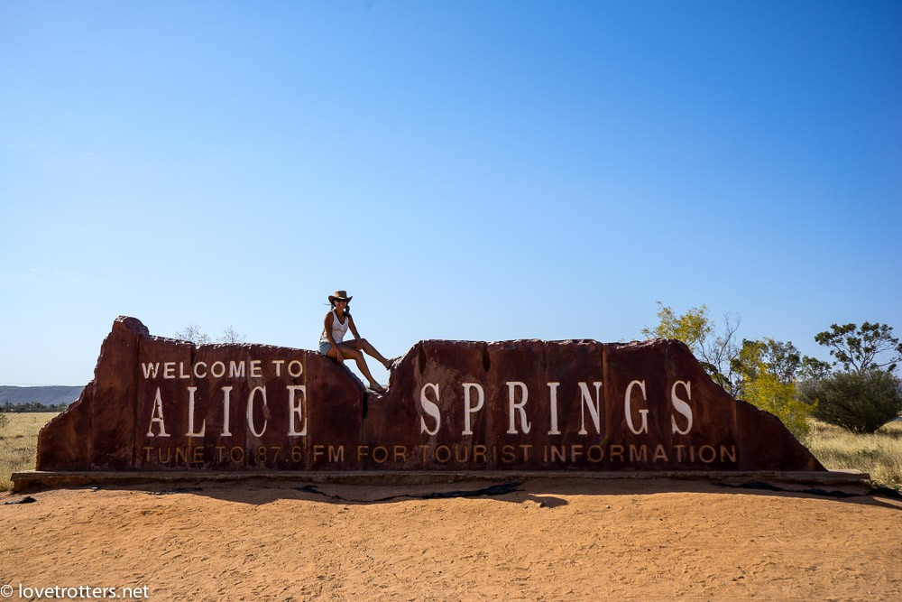 australia-northern-territory-macdonnell-ranges-09556