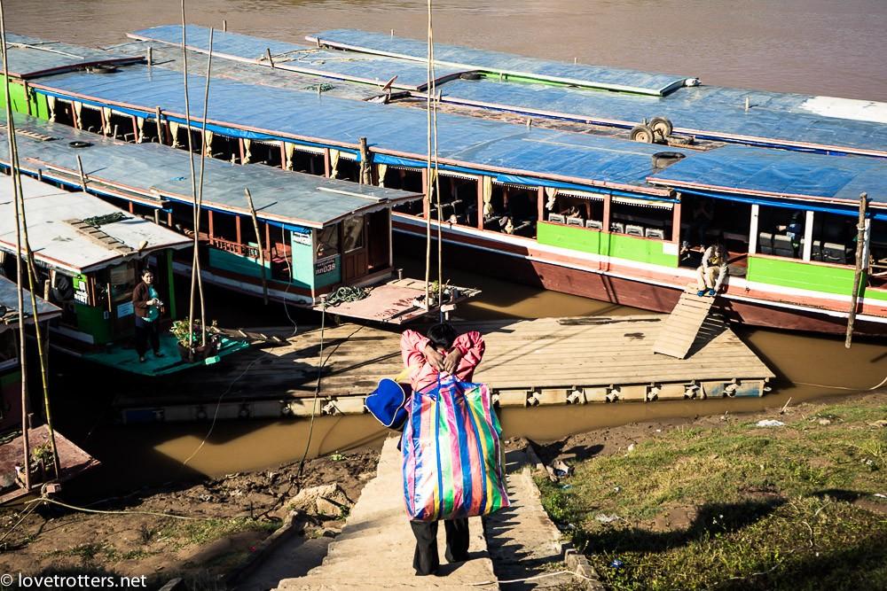 thailand-luang-prabang-slow-boat-00735