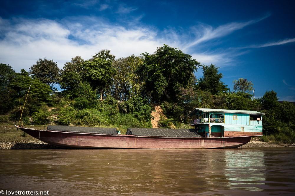 thailand-luang-prabang-slow-boat-00753