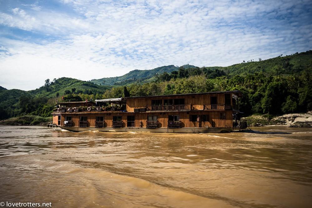 thailand-luang-prabang-slow-boat-00965