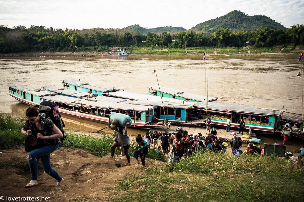 thailand-luang-prabang-slow-boat-01016