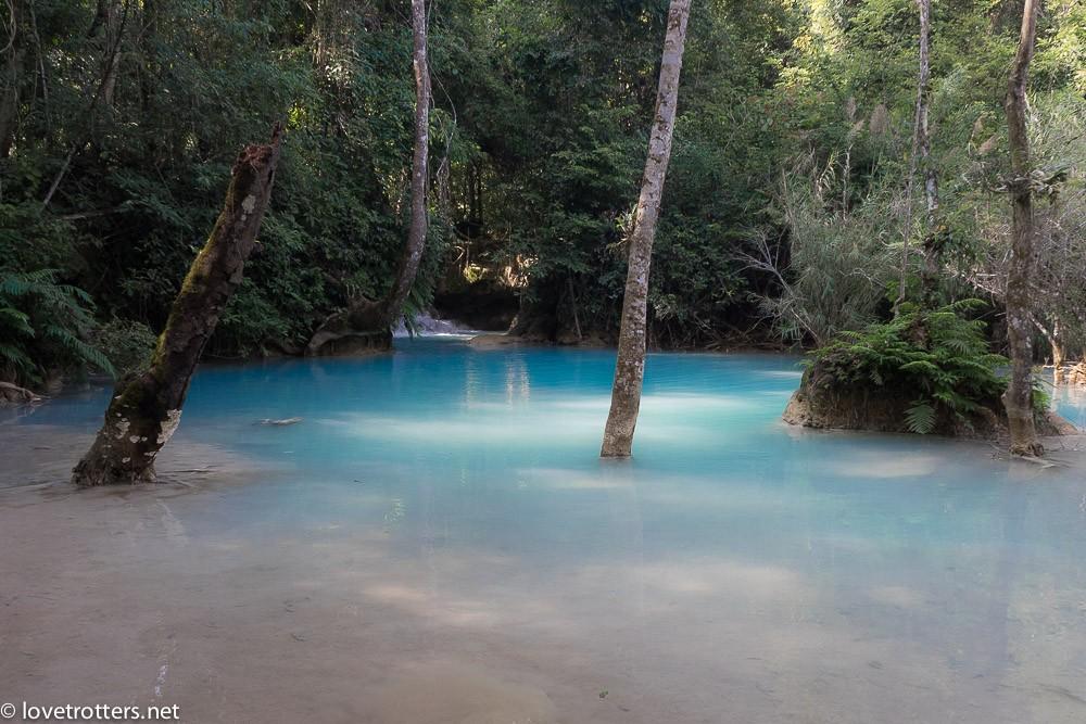 laos-luang-prabang-kuang-si-waterfall-01418