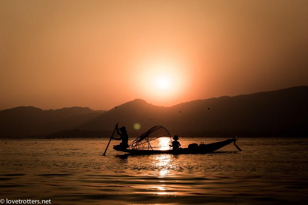 myanmar-nyaung-shwe-inle-lake-08978