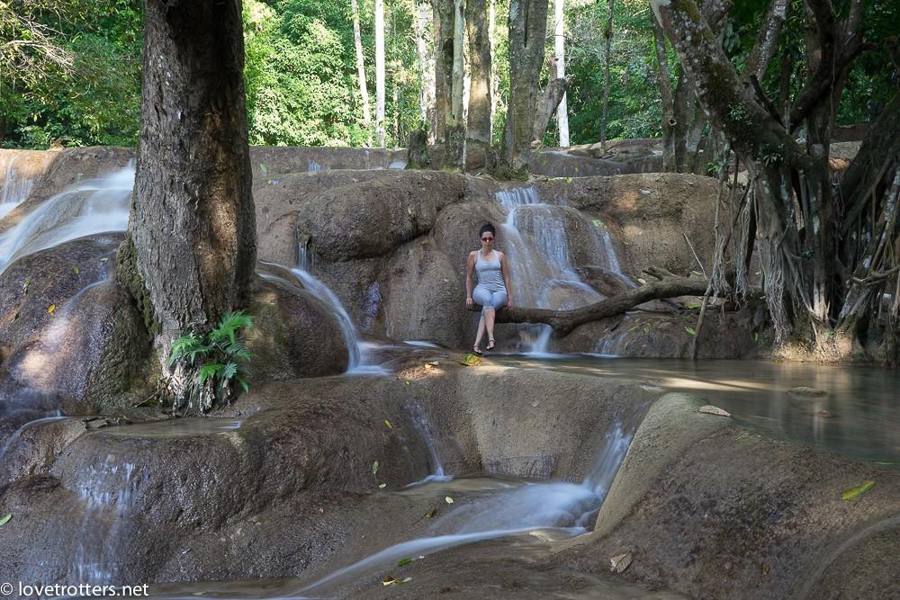 thailand-luang-prabang-tad-sae-waterfall-01798