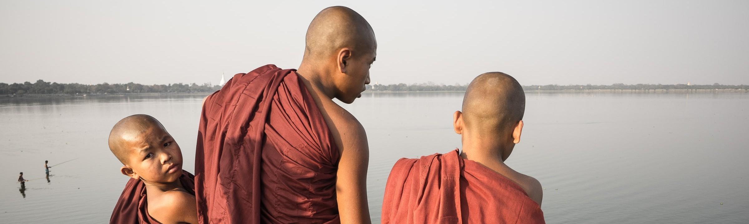 cropped-myanmar-mandalay-u-bein-bridge-07619-e1428278254238.jpg