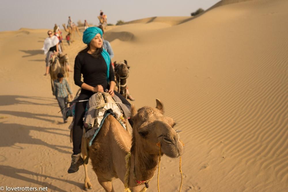 india-jaisalmer-camel-safari-00386