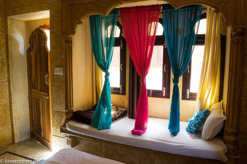 india-jaisalmer-camel-safari-09874