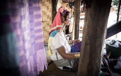 À la rencontre des «femmes girafes» Padaung Karen