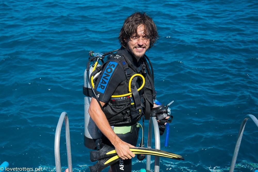 Great-Barrier-Reef-Diving-Calypso-09178