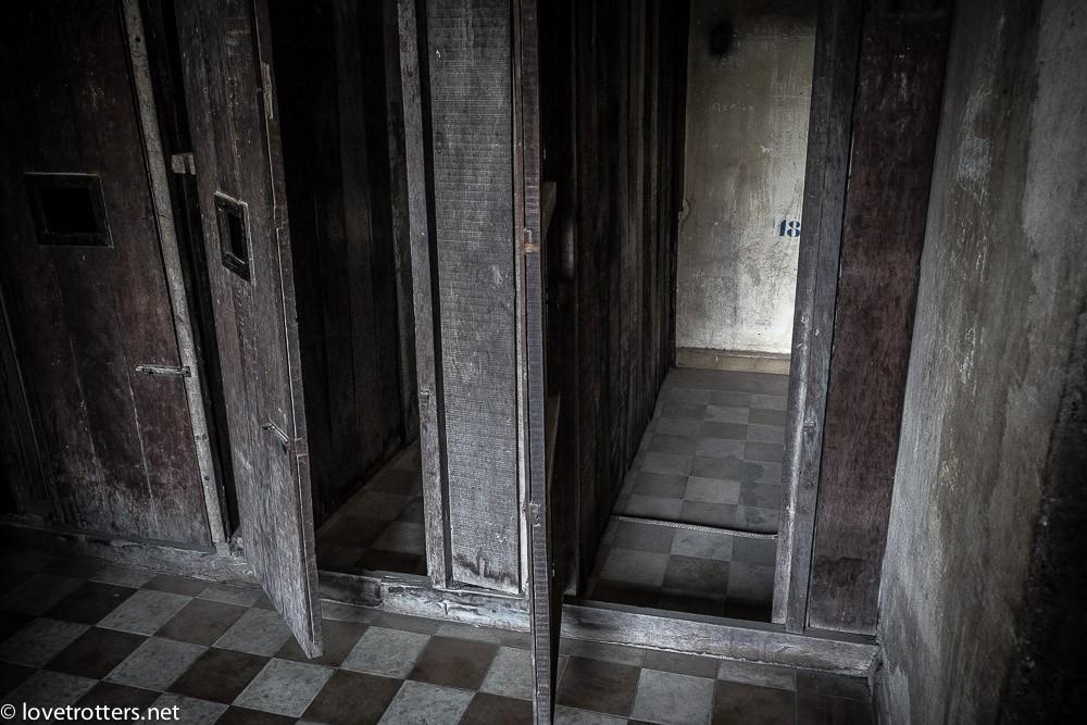 cambodia-phnom-penh-khmer-rouge-genocide-05635
