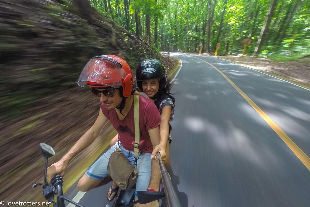 philippines-bohol-motorcycle-0843487