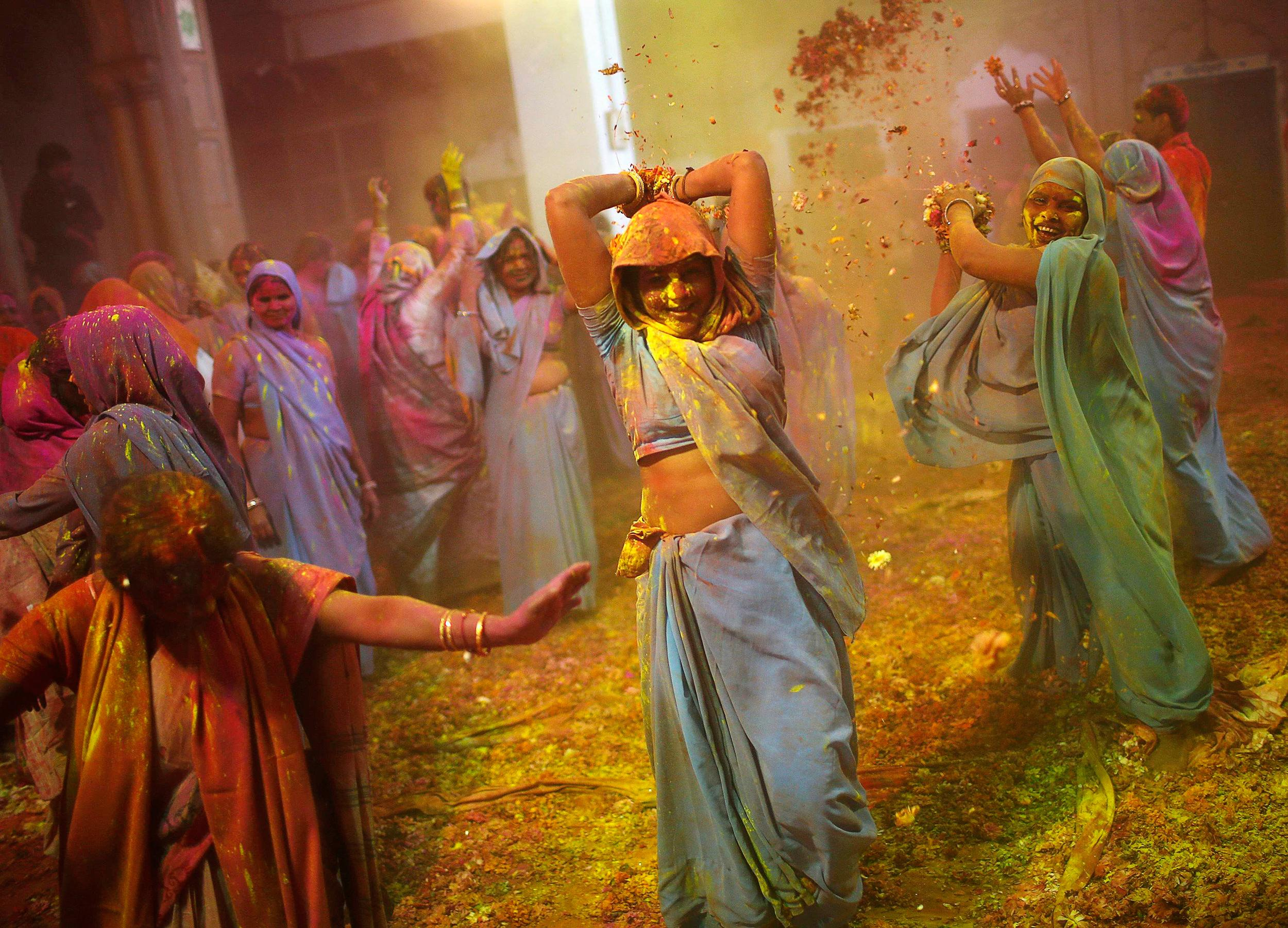 Holi-Festival-24-Cool-Wallpaper-HD