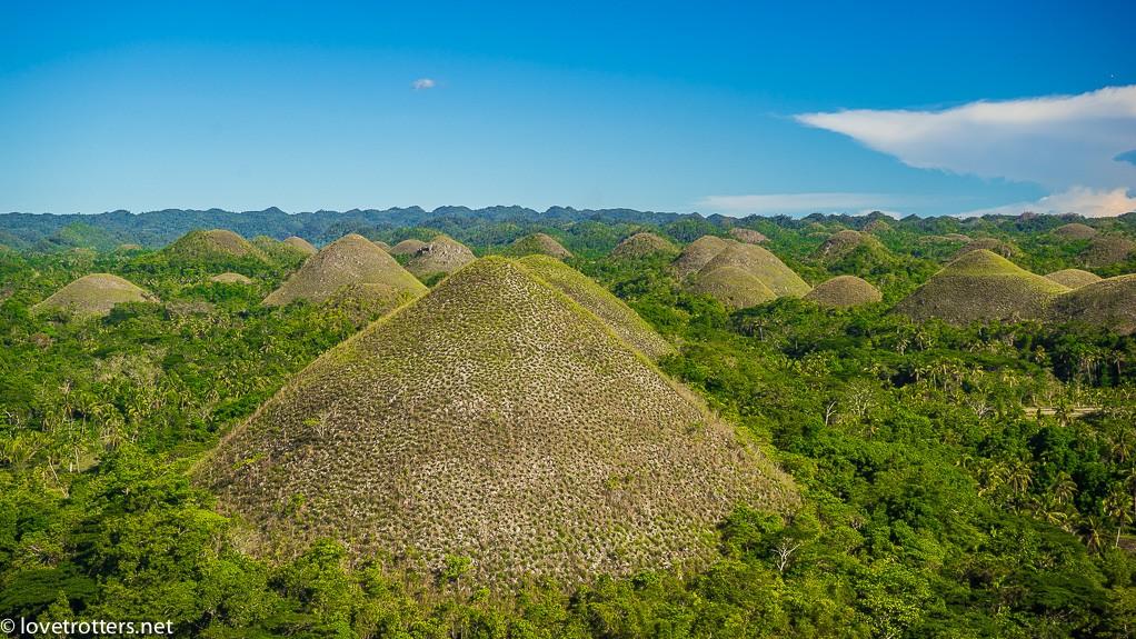Philippines-bohol-chocolate-hills-lovetrotters-07225