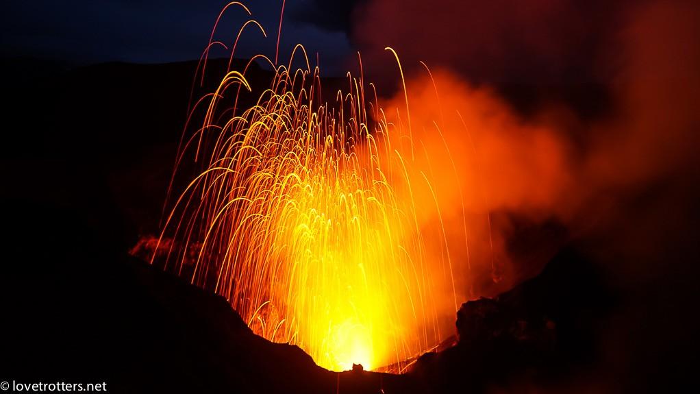vanuatu-tanna-yasur-volcano-lovetrotters-05777