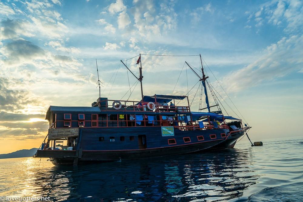 indonesia-flores-komodo-diving-04370