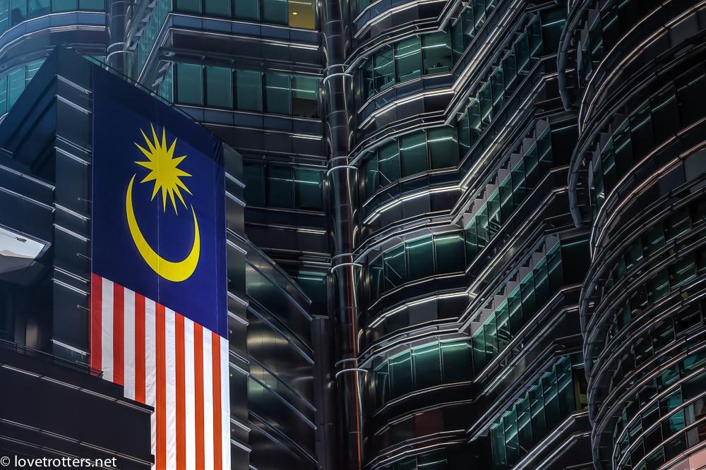 malaysia-kuala-lumpur-petronas-towers-4