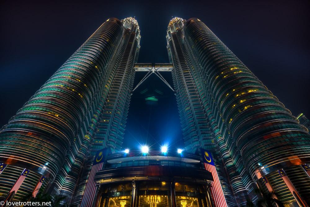 malaysia-kuala-lumpur-petronas-towers-8