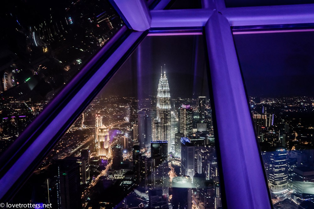 malaysia-kuala-lumpur-petronas-towers-from-menara-kl-tower-03124