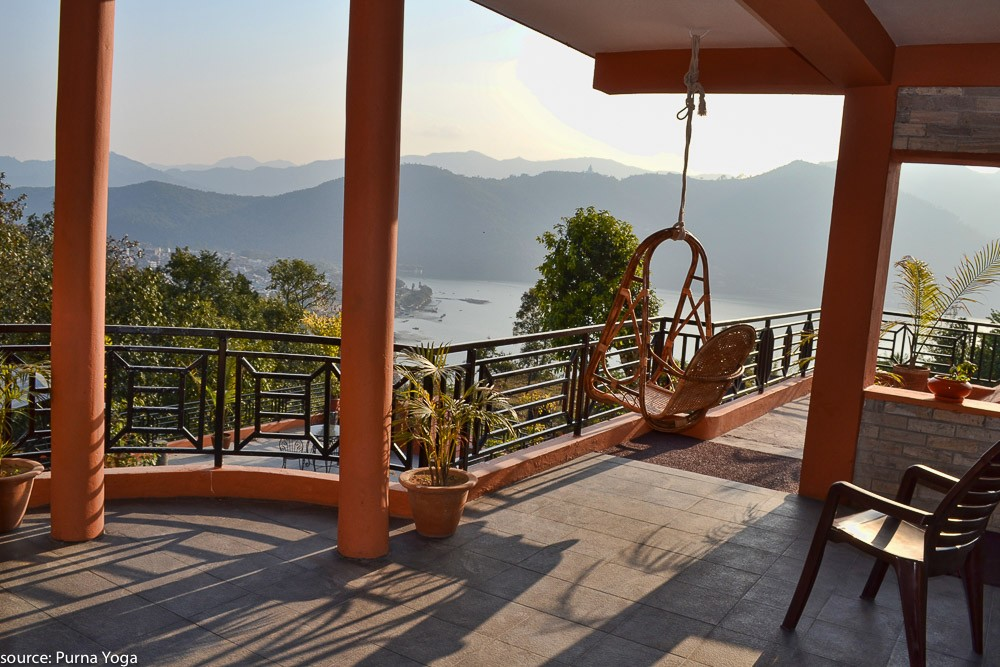 nepal-pokhara-yoga-