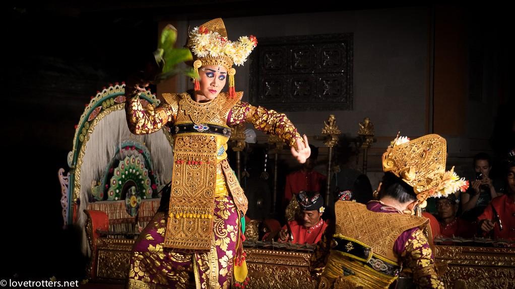 indonésie-bali-danse-lovetrotters-08160