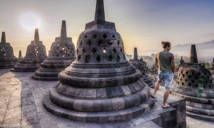 Album photos du temple Borobudur au lever du soleil