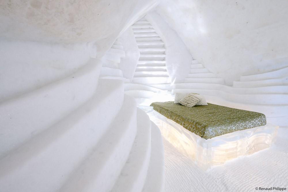 canada-quebec-ice-hotel-de-glace-0096
