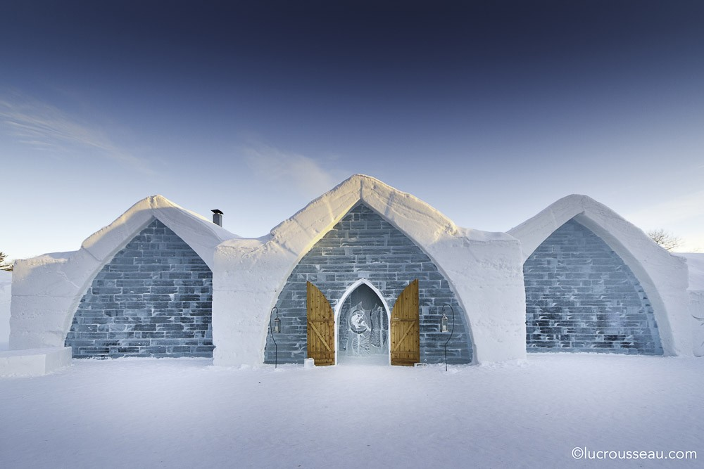 canada-quebec-ice-hotel-de-glace--5