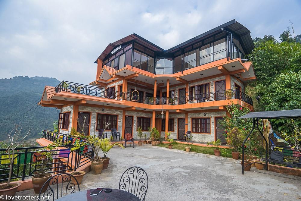 nepal-pokhara-yoga-08980