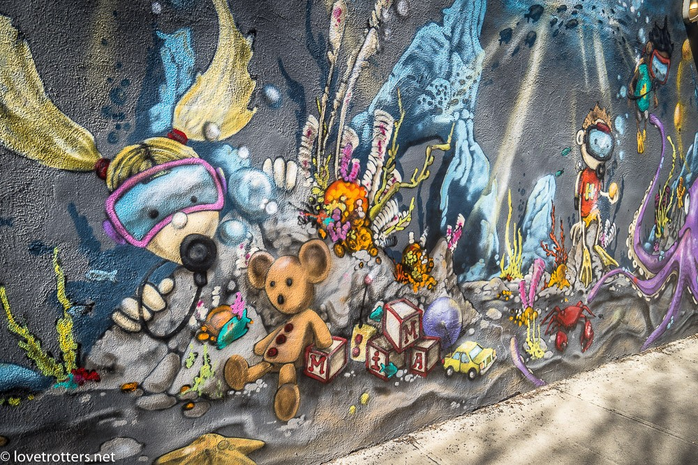 canada-montreal-street-art-00192