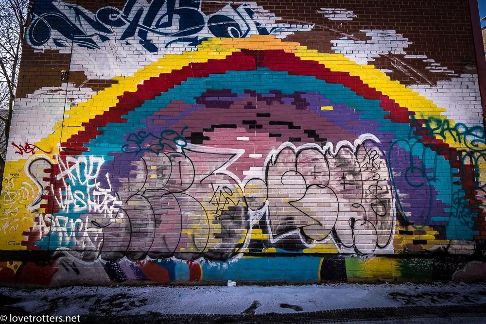 canada-montreal-street-art-00201