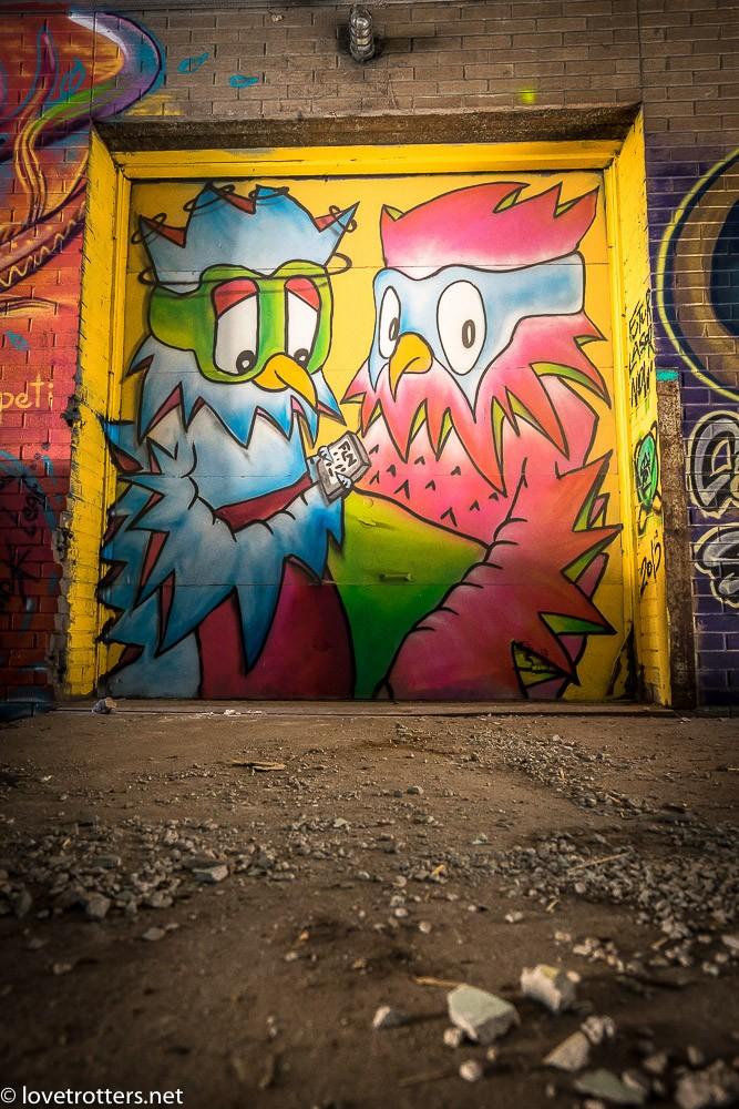 canada-montreal-street-art-00304