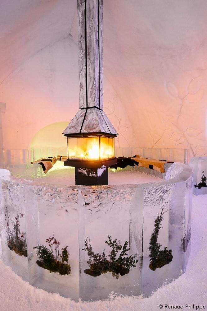 canada-quebec-ice-hotel-de-glace-0241