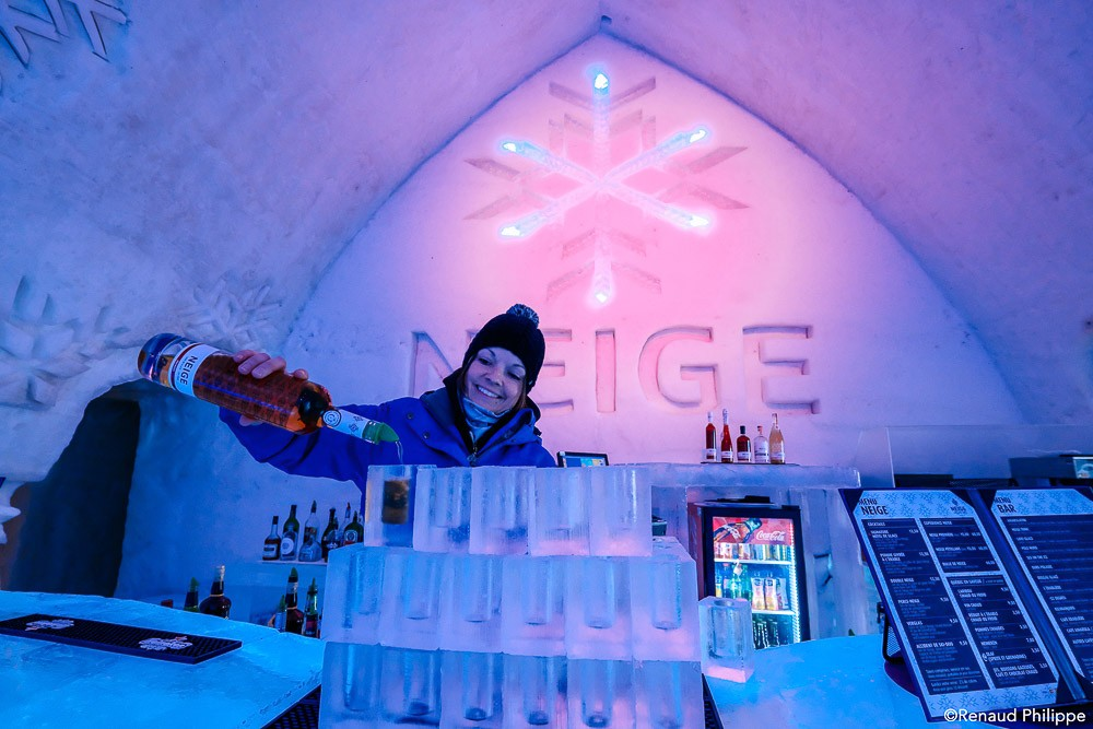 canada-quebec-ice-hotel-de-glace-0283