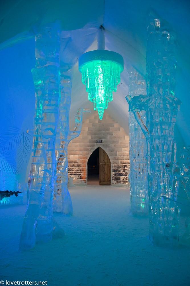 canada-quebec-ice-hotel-de-glace-3050