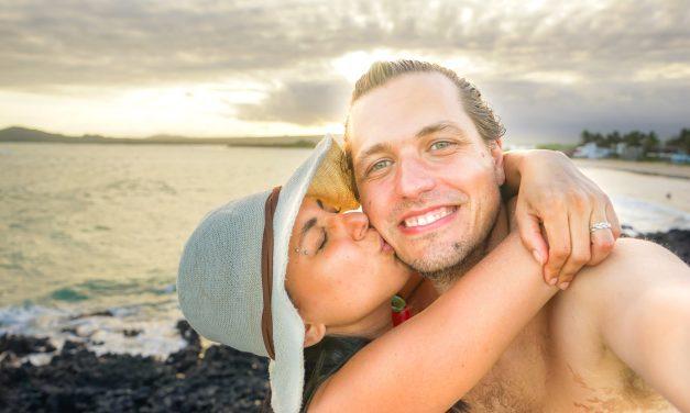 Les défis du voyage en couple: Témoignages de 13 couples de globetrotteurs