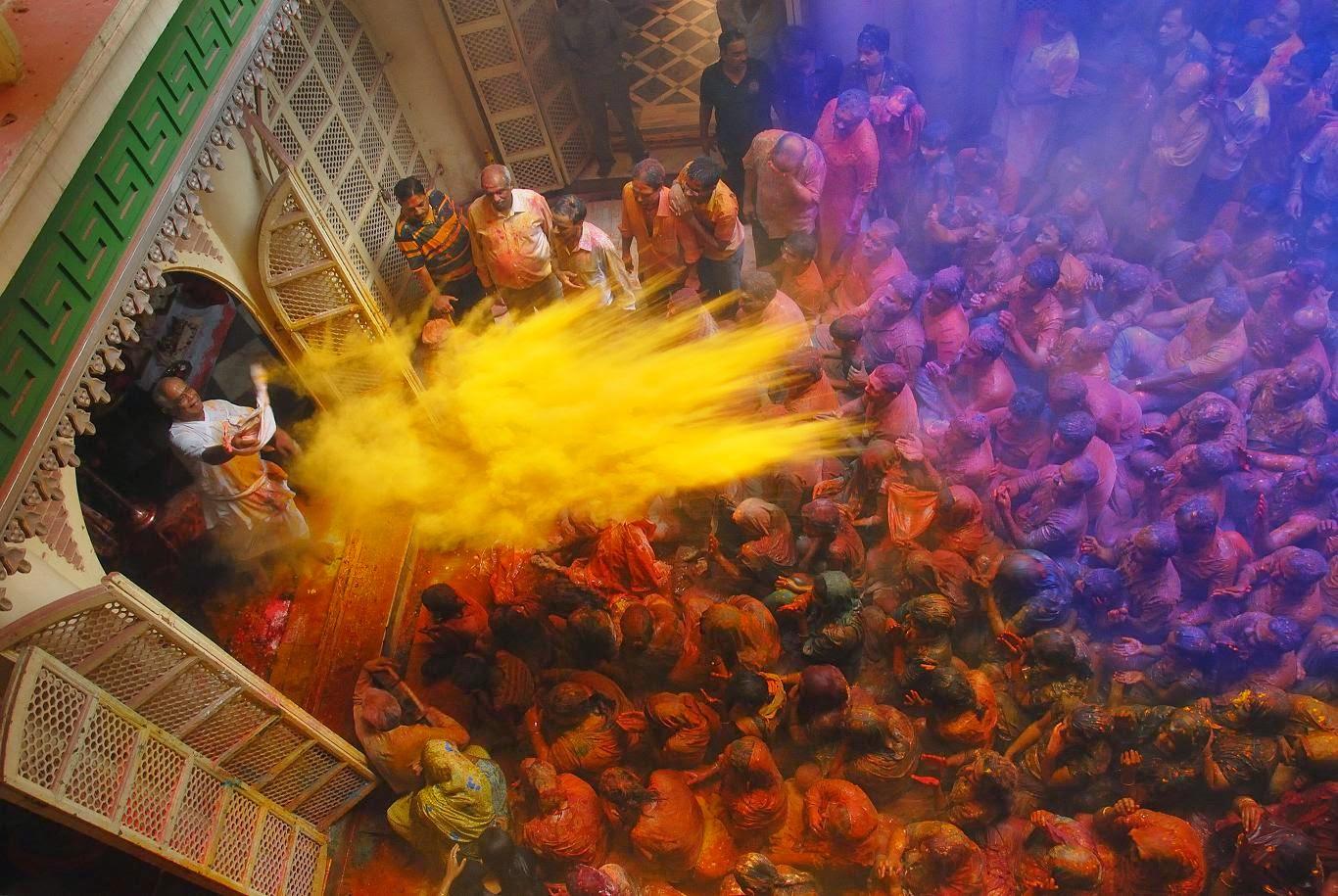 india-holi-vrindavan