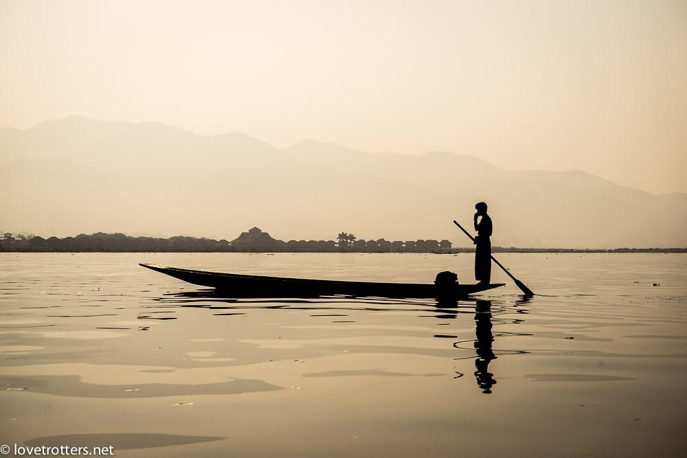 myanmar-nyaung-shwe-inle-lake-08382