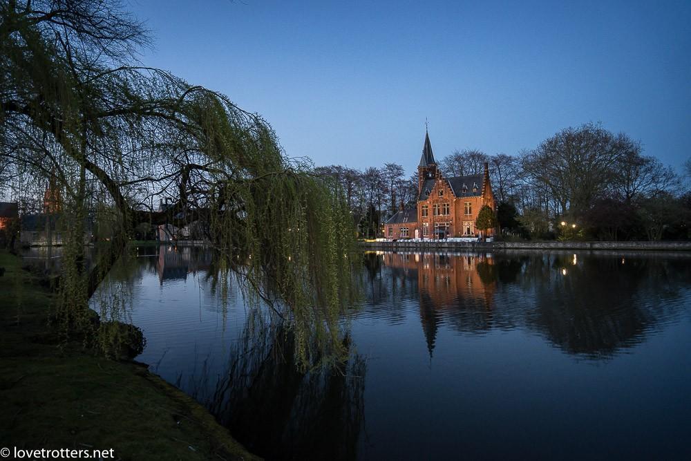 Belgique-Bruges-by-night-01069