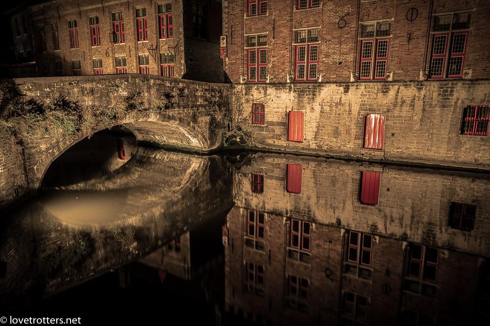 Belgique-Bruges-by-night-01329