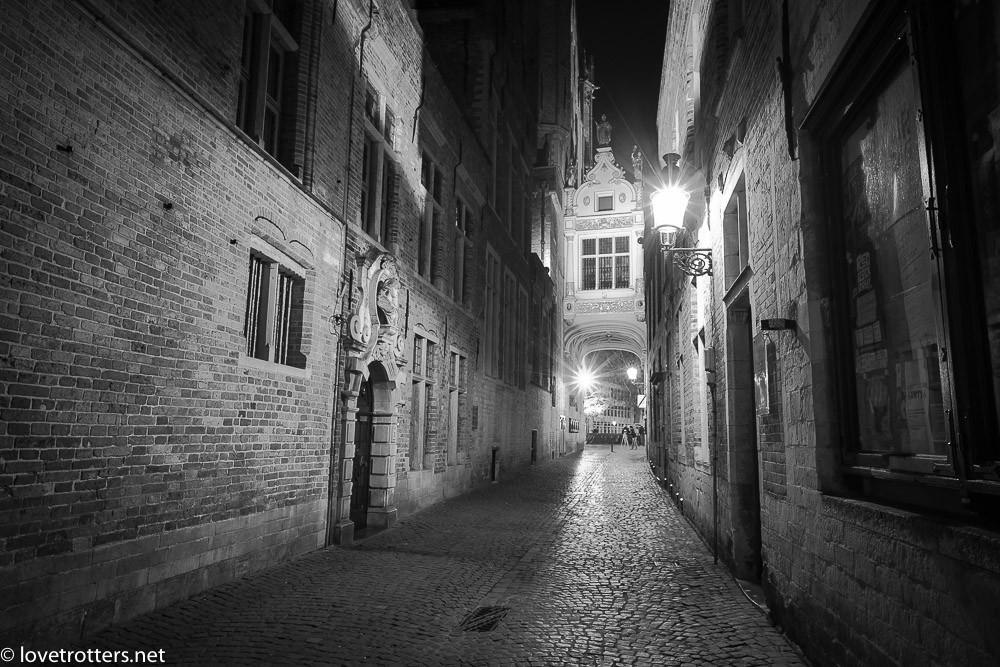 Belgique-Bruges-by-night-01340