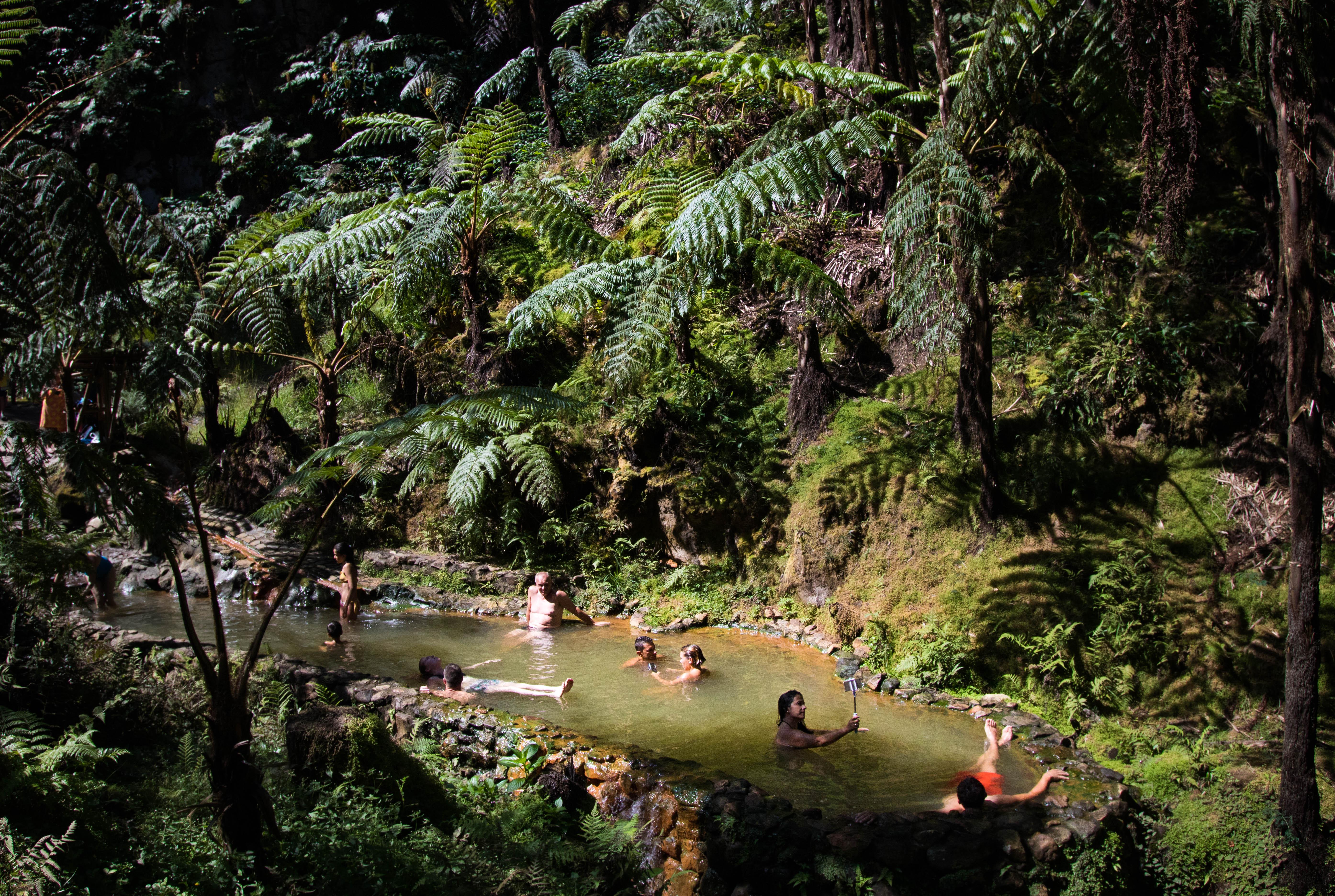 Les sources d'eau chaude des Açores