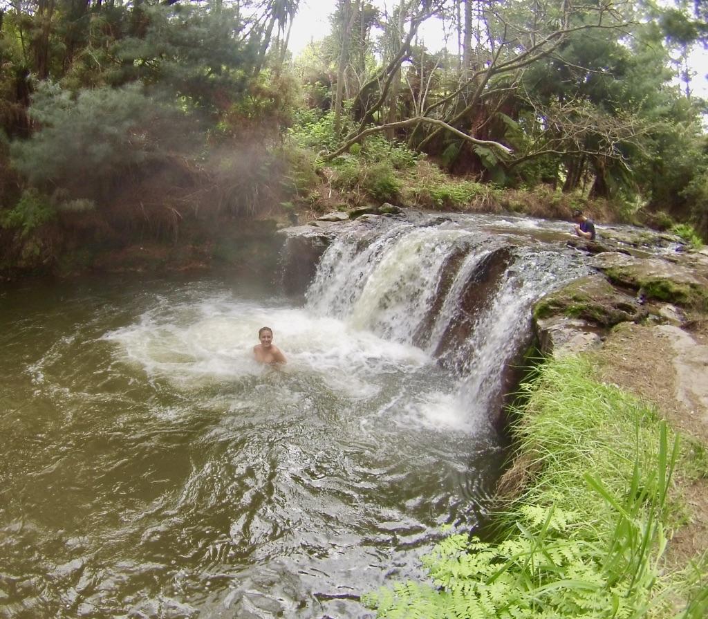 Kérosène creek en Nouvelle-Zélande