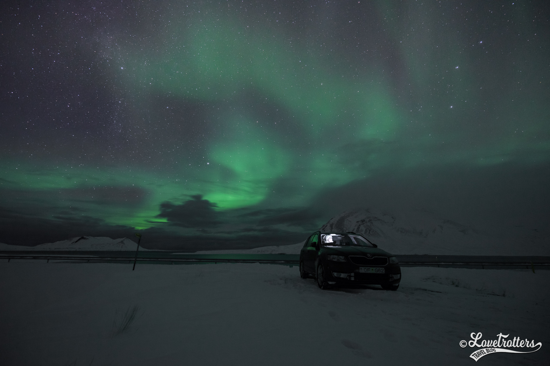 Chasse aux aurores boréales en voiture en Islande