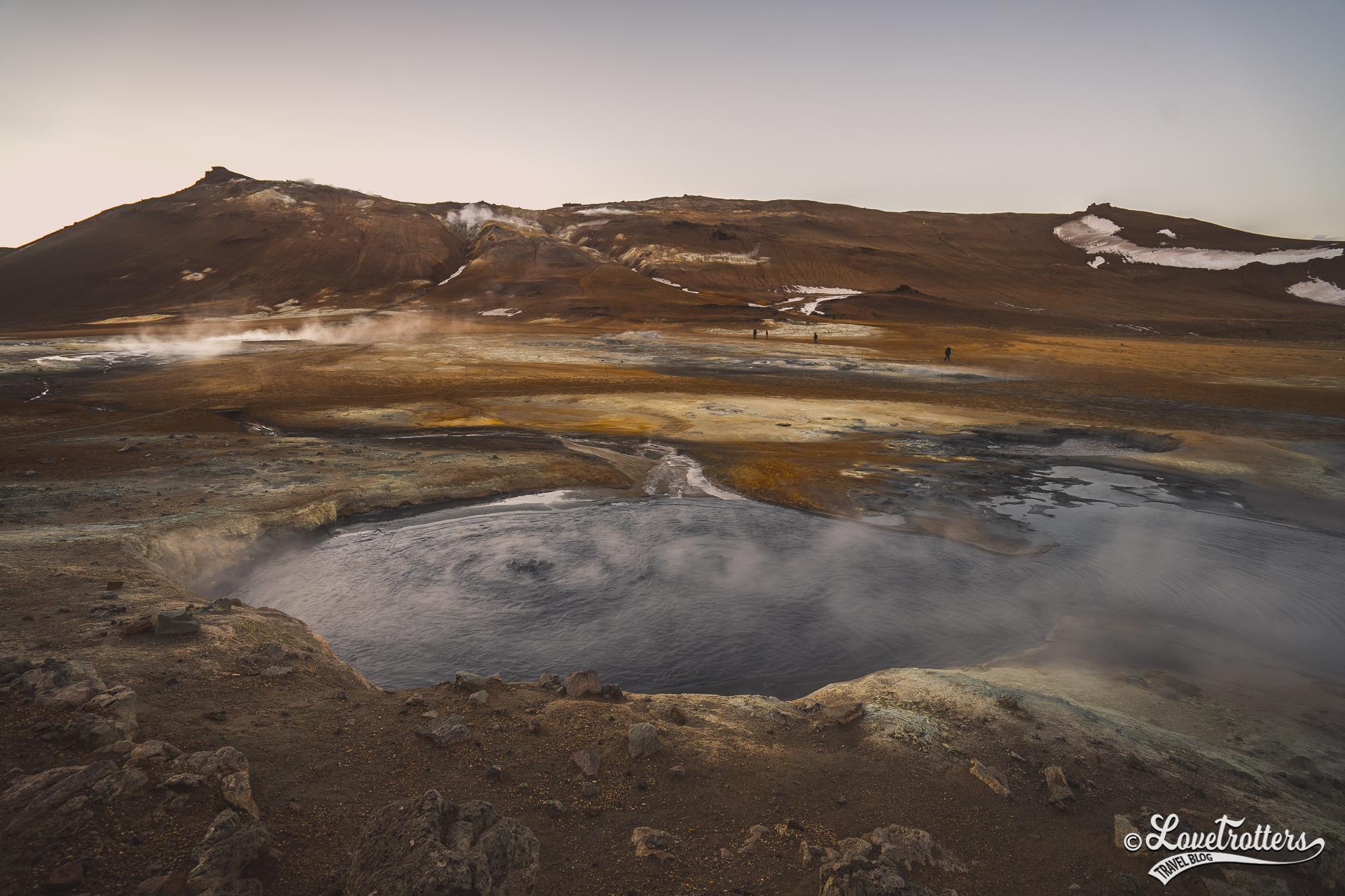 Zone géothermique hverir en Islande